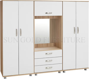 Modern Combination Moving Wardrobe (SZ-WD032) pictures & photos