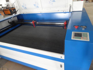 Flc1610d Dual-Heads Laser Engraving Cutting Machine for Wood Acrylic pictures & photos
