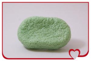 Wholesale Cleansing Sponge Green Tea 2014new 100% Natural Konjac Sponge Facial Puff Face Wash Cleansing Sponge pictures & photos