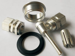 CNC Machining Parts Bearing Machine Turning Part pictures & photos