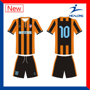 2016/2017 Custom Made Soccer Jersey Football Uniforms pictures & photos