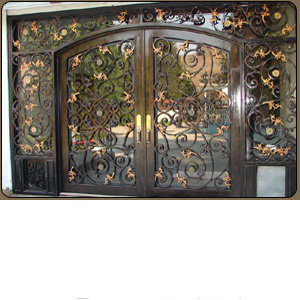 Cheap Price Entrance Wrought Iron Door Gate pictures & photos