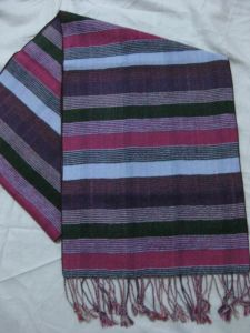 New Design Men′s Fasion Viscose Scarf (085) pictures & photos