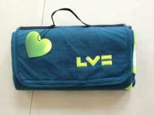 Travel Folding Waterproof Picnic Blanket with Handle Picnic Mat (SSB0103) pictures & photos