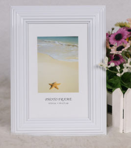 Plastic Back Open Photo Frame (BL) pictures & photos