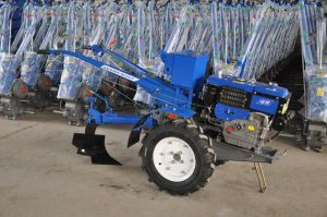 Hand Tractor (MX-111) , Two Wheel Tractor, 12HP Power Tiller pictures & photos