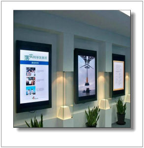 Wall Mounted LCD Digital Screen Advertising Player pictures & photos