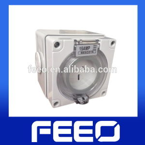 Electric IP66 3p 32A 250V Industrial Waterproof Socket pictures & photos