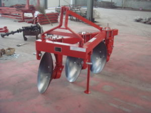 Tractor 3 Point Linkaged Disc Plough Paddy Field Disc Plough pictures & photos