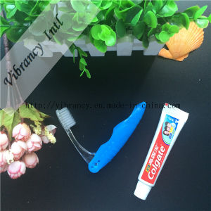 Traveling Disposable Quality Folding Toothbrush pictures & photos