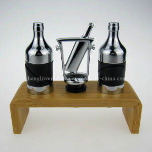 Wine Pourer and Stopper Set (700049) pictures & photos
