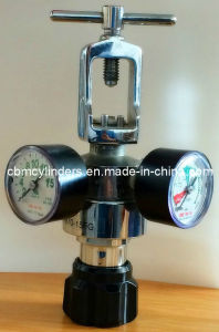 Brass-Made Adjustable Pin Index Oxygen Regulator pictures & photos