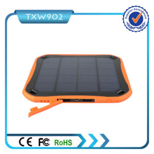 High Efficiency 5600mAh Solar Power Bank 4.2A USB Charger pictures & photos