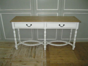 Simplicity and High-Quality Table Antique Furniture pictures & photos