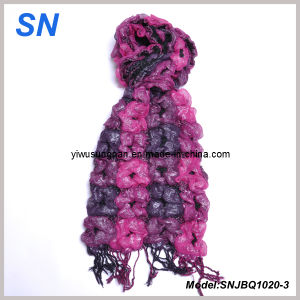 2014 Fashion Skinny Stripe Checked Winter Warm Ruffle Bubble Scarves pictures & photos