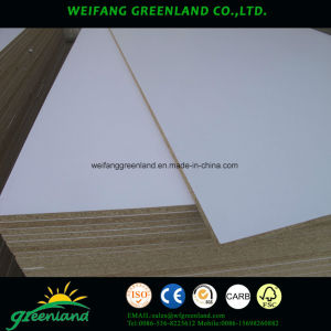 Envoirement Friendly Smooth Finish Laminated Chipboard pictures & photos