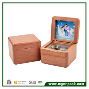 Solid Wood Carved Music Box with Picture Frame pictures & photos