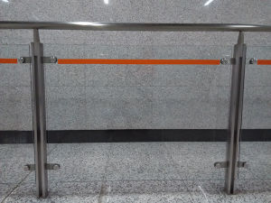 High Quality Stainless Steel Tempered Glass Handrail K10001 pictures & photos