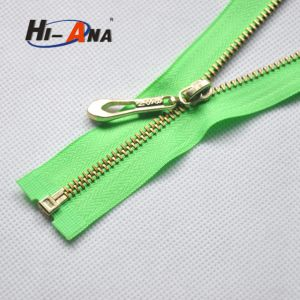 Customize Your Products Faster High Quality Golden Zipper pictures & photos