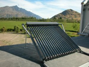 Solar Collector with Heat Pipe pictures & photos