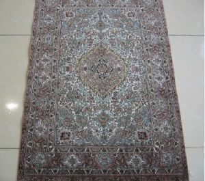 Silk Carpet-2*3 Square Feet 600Lines (YISI1040)