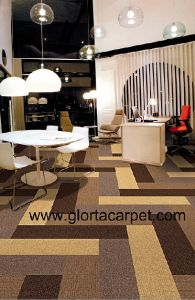 Hand Tufted Wool /Acrylic Carpet Tile pictures & photos