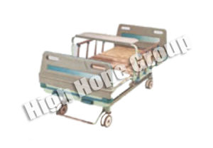 Medical Double-Function Bed (Manual) NFC014 pictures & photos