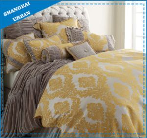 7 Piece Jacquard Royal Gold Polyester Comforter Set pictures & photos