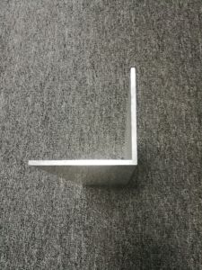 6063 Aluminium 90 Degree Angle L Shaped Profile pictures & photos
