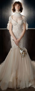 High Neckline Sexy Open Back Wedding Dress with Sweet Train pictures & photos