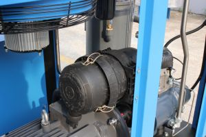 High Quality Rotary Direct Driven Industrial Screw Air Compressor Price pictures & photos