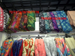 Winter Scarf Printed Scarf Yiwu Makret Buying Agent pictures & photos