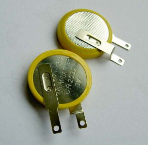 OEM 3V Lithium Button Battery Cr2016 pictures & photos