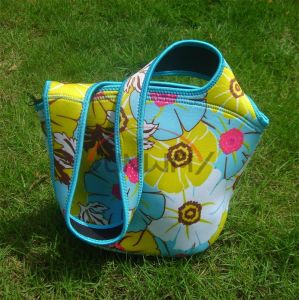 Picnic Tote Bag, Custom Printing Neoprene Insulated Beach Cooler Bag (BC0072) pictures & photos