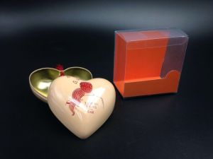 Heart Shaped Decorate Wedding Tin Box for Packing Candy (H001-V2) pictures & photos