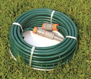 30m (100′) Double Layer Reinforced PVC Garden Water Hose with Braided Polyester Thread pictures & photos