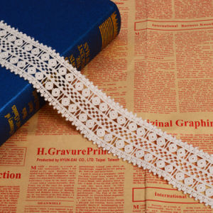 Guipure Embroidery Chemical Lace Trim pictures & photos