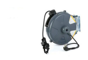Auto Retractable Water Hose Cable Reel for Garden pictures & photos