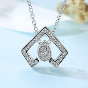 2017 New Brass Sunshine AAA Cubic Zirconia Pendant Necklace pictures & photos