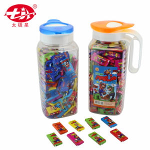 Bubble Gums Packed in Plastic Water Pot pictures & photos