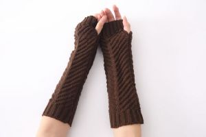 New Solid Color Long Mitten Gloves Women Knitted Fingerless Winter Gloves pictures & photos