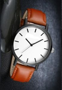 Yxl-685 Australian New Trend Design Horse Custom Watch Stainless Steel Case Back Wrist Watch pictures & photos