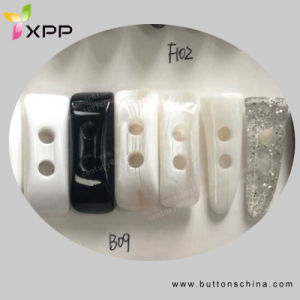 2h Plastic Horn Button Toggle pictures & photos