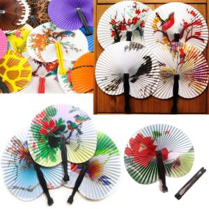 Mini Folding Chinese Paper Fan Vintage Oriental Folding Fan with Traditional Chinese Painting Birds pictures & photos