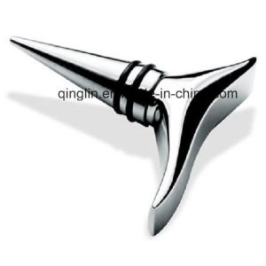 Customized Rubber Ring Abstractive Shape Metal Wine Stopper (QL-HJS-0033) pictures & photos