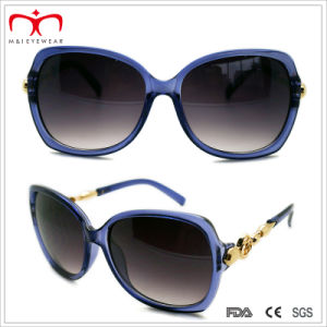 Fashion Ladies Plastic Sunglasses with Metal Decoration (WSP412415) pictures & photos