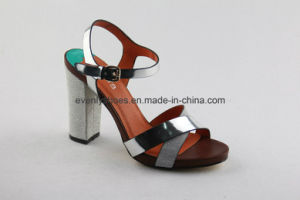 Open Toe Fashion Lady Sandal with High Heel Design pictures & photos