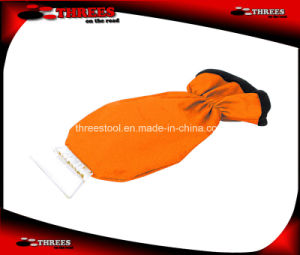 Promotional Car Ice Scraper with Glove (1507103) pictures & photos