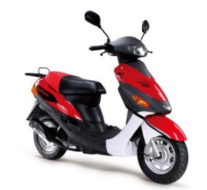Latest Eagle Gas Scooter Petrol Scooter 50cc (BD50QT-D) pictures & photos