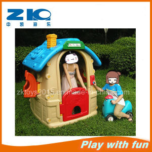 China Supplier Indoor Game Play Plastic Playhouse pictures & photos